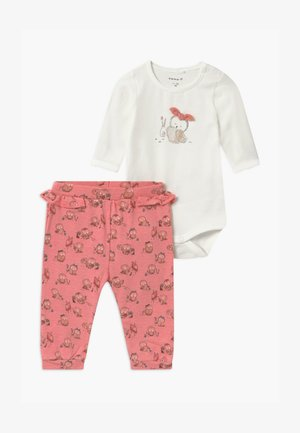 NBFNAJA BABY SET  - Legíny - snow white/blush