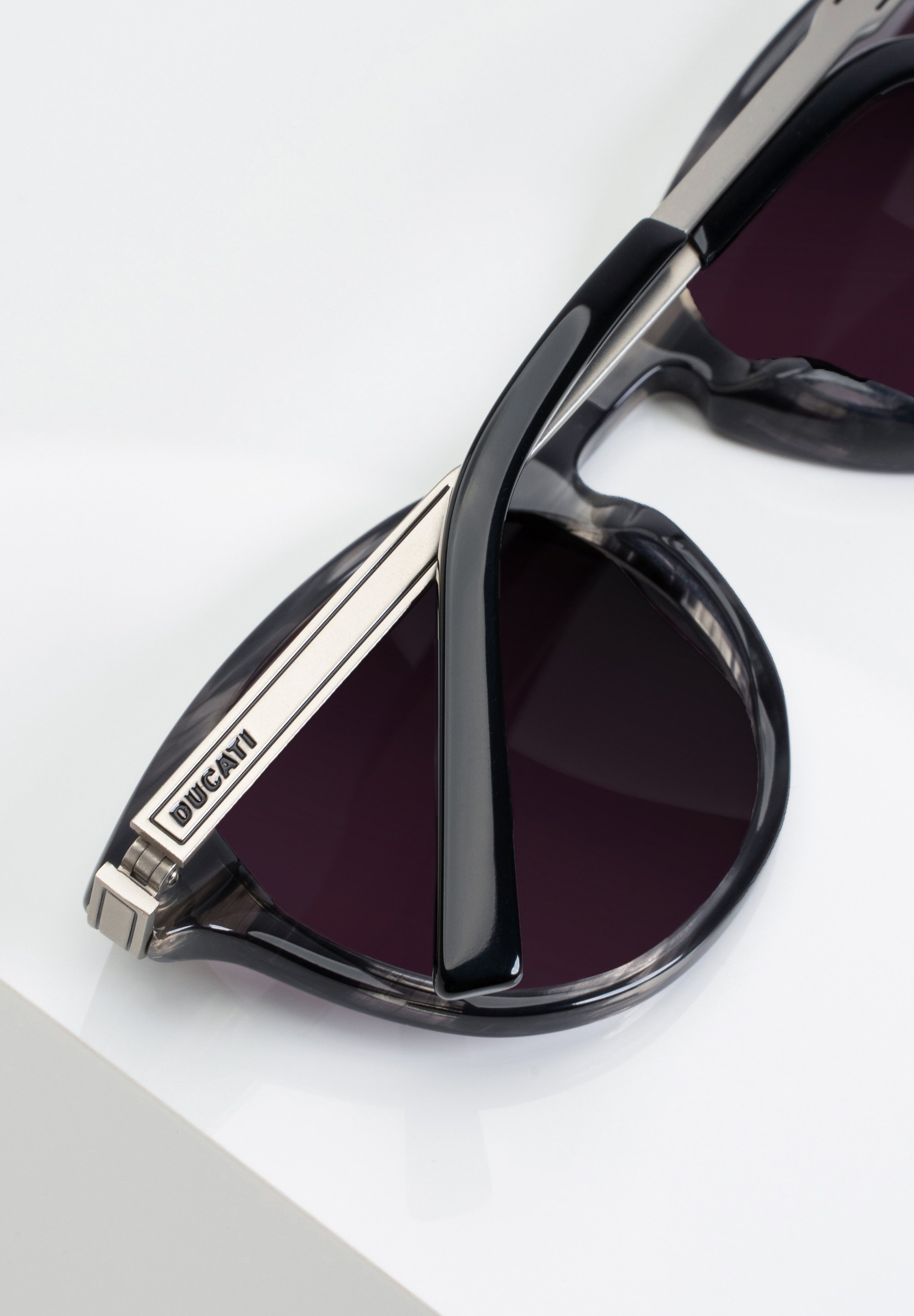 DUCATI Eyewear Sonnenbrille - grey.horn/grau - Herrenaccessoires EGHIG