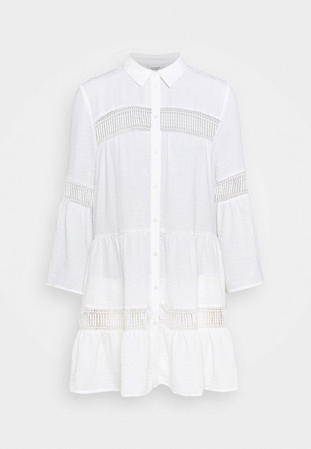 JDYLARA TUNIC - Shirt dress - cloud dancer