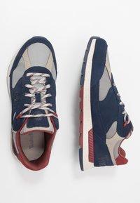 Timberland - FIELD TREKKER - Sneaker low - navy - 1