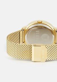 Versus Versace - MOUFFETARD - Zegarek - yellow gold-coloured - 1