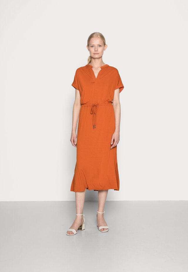DRESS - Sukienka z dżerseju - terracotta