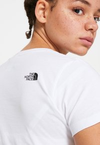 The North Face - WOMENS EASY TEE - Print T-shirt - white/black - 7