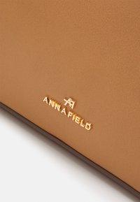 Anna Field - Handbag - camel - 3