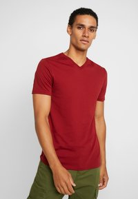 Benetton - Basic T-shirt - red - 0