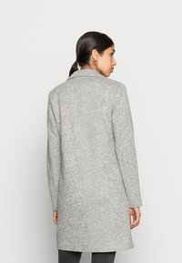 ONLY - ONLCARRIE - Abrigo clásico - light grey - 2