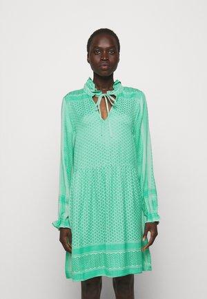 Day dress - minty