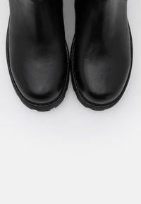 Vagabond - COSMO - Platform ankle boots - black - 4