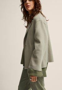 STOCKH LM Studio - Summer jacket - laurel oak - 2