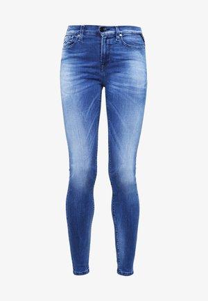 HYPERFLEX LUZ  - Vaqueros pitillo - mid blue