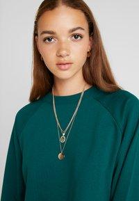 Monki - ESTRID - Sweatshirt - dark green - 4