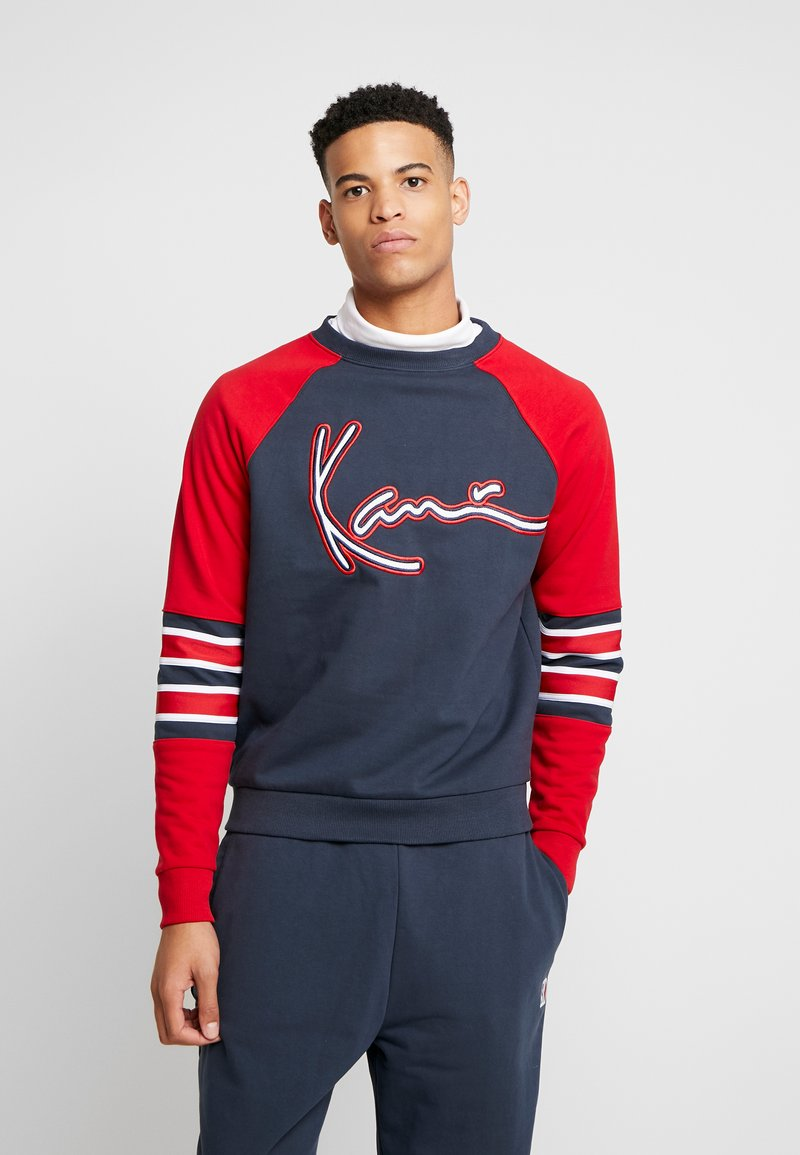 Karl Kani - SIGNATURE BLOCK CREW - Mikina - navy/red/white