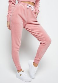 SIKSILK - Tracksuit bottoms - pink - 3