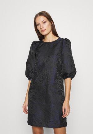 HEPBURN DRESS - Vapaa-ajan mekko - black
