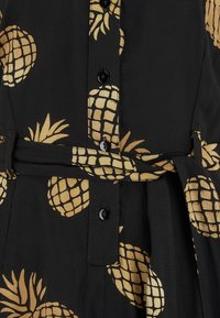 Sugarhill Brighton - SIENNA PINEAPPLE BATIK - Jumpsuit - black - 4