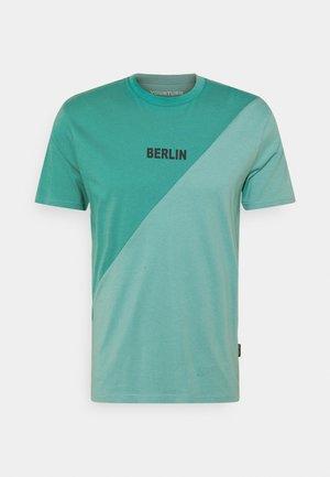 UNISEX - Print T-shirt - green/turquoise