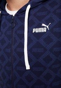 Puma - LOGO HOODIE - Huvtröja med dragkedja - peacoat - 6