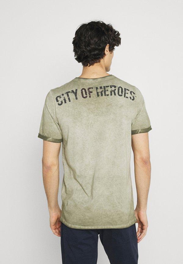 Key Largo LIBERATE ROUND - T-shirt z nadrukiem - dark green/ciemnozielony Odzież Męska EDBQ