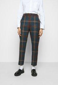 Vivienne Westwood - GEORGE TROUSERS - Pantalon classique - brown - 0