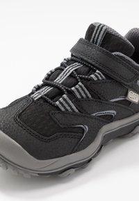 Merrell - CHAMELEON 7 LOW WTRPF - Hiking shoes - black/grey - 2