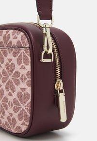 kate spade new york - MEDIUM CAMERA BAG - Across body bag - pink/multi - 4