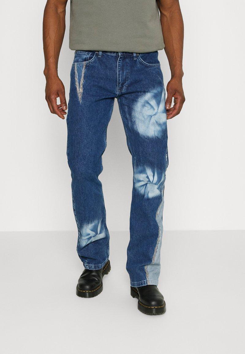 Jaded London - SPIRAL TIE DYE BOOTCUT - Straight leg jeans - blue