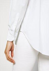 Marks & Spencer London - GIRLFRIEND  - Košile - white - 4
