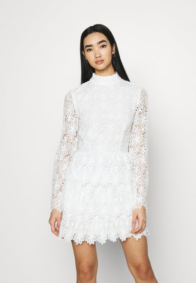 EMBROIDERED FLOUNCE DRESS - Cocktailjurk - white