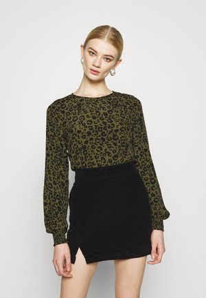 VMNANCY - Long sleeved top - ivy green