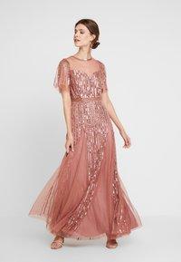 Lace & Beads - MEGHAN MAXI - Společenské šaty - dusty pink - 0