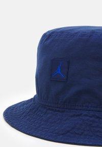 Jordan - BUCKET WASHED UNISEX - Beanie - blue void - 3