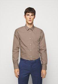 HUGO - ELISHA - Formal shirt - light-pastel brown - 0