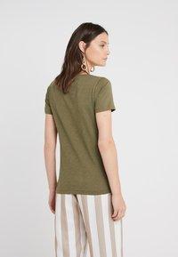 J.CREW - VINTAGE V NECK TEE - Basic T-shirt - frosty olive - 2