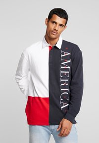 Perry Ellis America - COLOR BLOCK RUGBY - Polotričko - bright white - 0