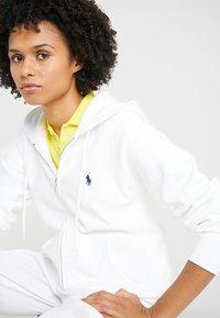 Polo Ralph Lauren - SEASONAL  - Felpa con zip - white - 3