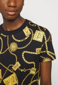 Versace Jeans Couture - DRESS - Vestito di maglina - black - 4
