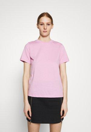 YASTEA O NECK TEE - T-shirts - pastel lavender