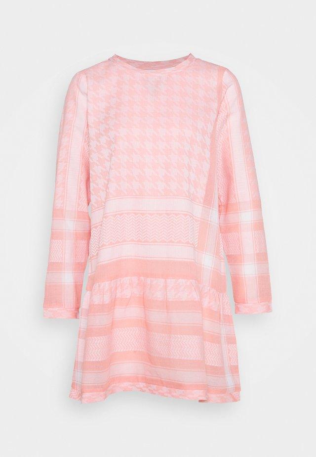 DRESS LIGHT - Day dress - flush