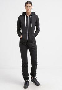 Urban Classics - Jumpsuit - black/white - 0