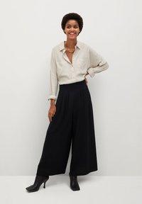 Mango - AREVA - Spodnie materiałowe - schwarz - 1