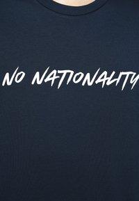 NN07 - DYLAN TEE  - T-shirt imprimé - navy blue - 6