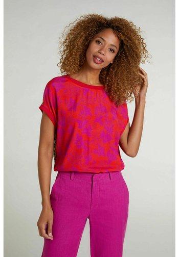 Print T-shirt - red stone