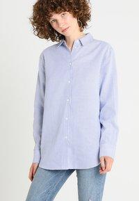 Zalando Essentials - Button-down blouse - white/light blue - 0