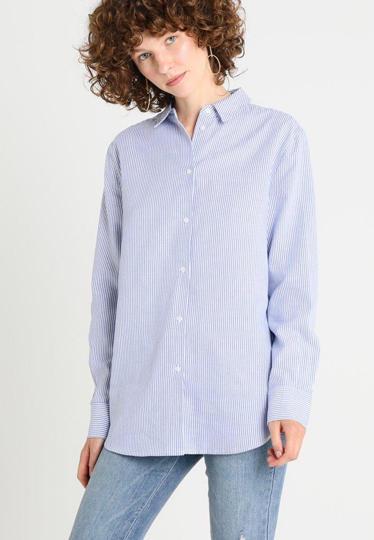 Zalando Essentials - Button-down blouse - white/light blue