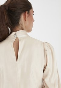 ICHI - IHARIA LS - Blouse - frosted almond - 3