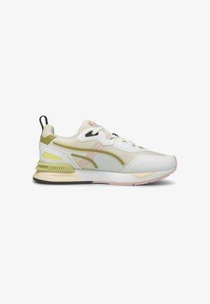 MIRAGE MOX TECH VEGAN - Sneakers - pearl puma white puma team gold