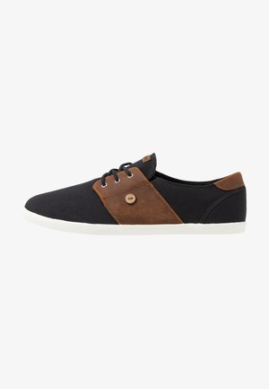 CYPRESS - Sneakers laag - black