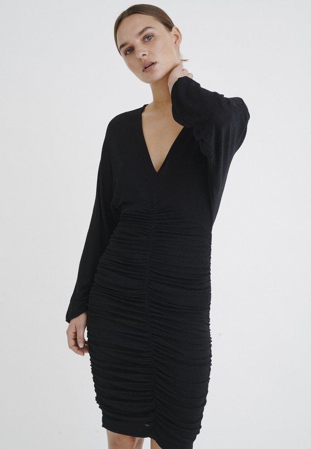 PERSIAIW  - Vestido de tubo - black