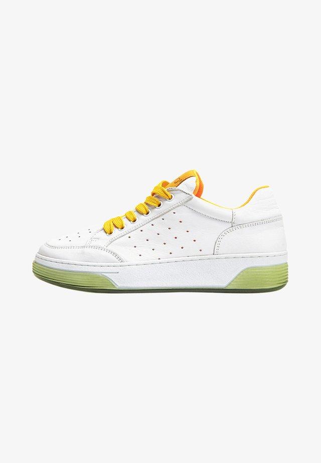 Sneakers laag - white /orange