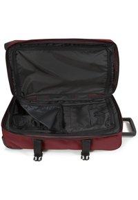Eastpak - TRANVERZ M - Wheeled suitcase - brisk burgundy - 2
